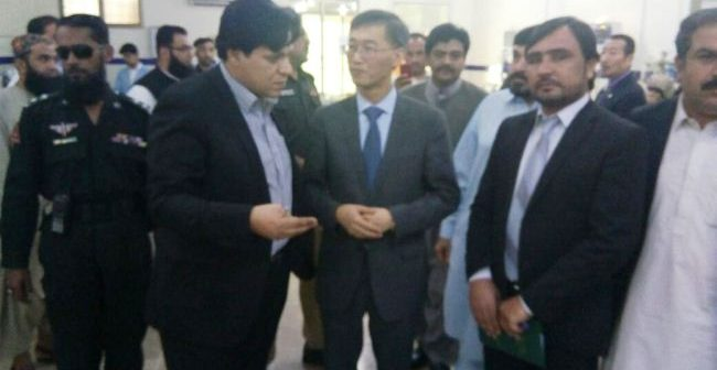 Chinese ambassador visits civil hospital Quetta